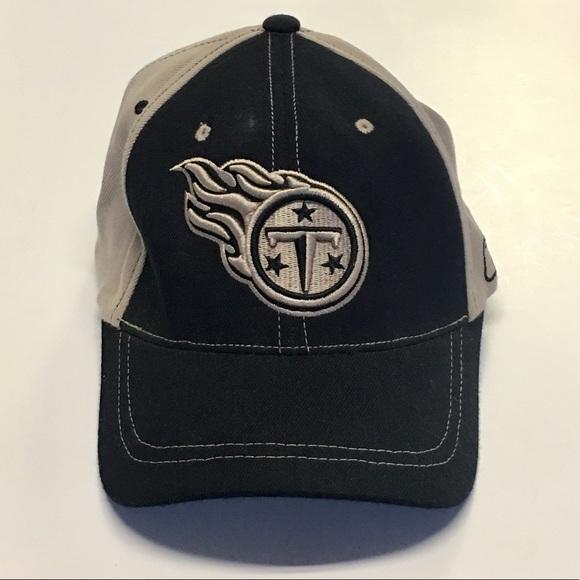 Tennessee Titans NFL Reebok Hat Flexfit Football 0b39a7456d7